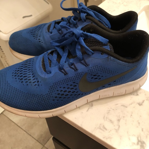 on sale f5aab 2c09b NIKE FREE RUN 5.0 5Y/SIZE 7 IN WOMENS